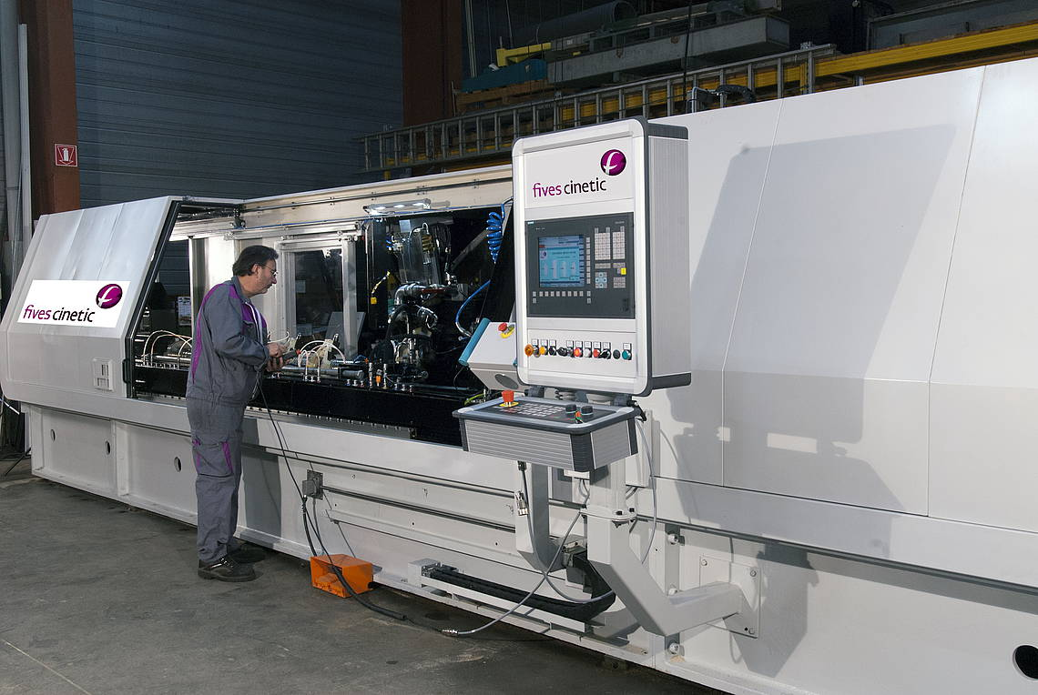Grinding machine application-FIVES