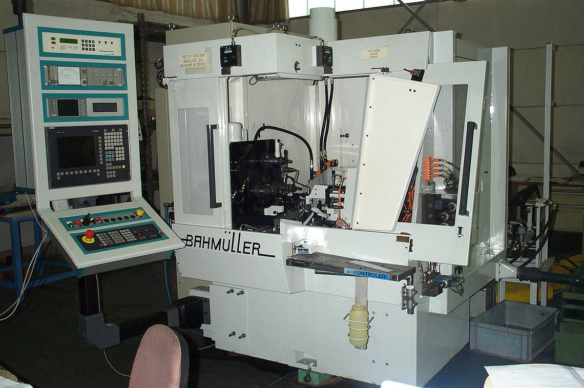 Grinding machine-FIVES