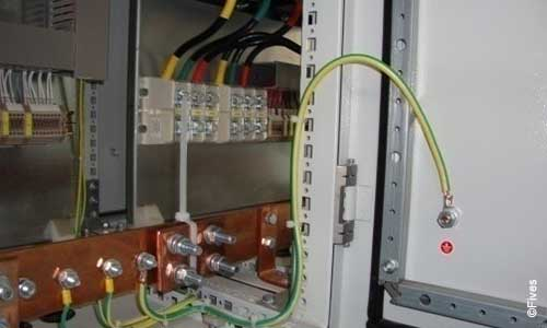 EA cabinets manufacture 3-FIVES Fives in Electrical & automation cabinets