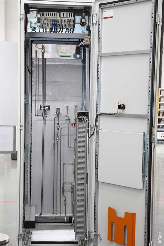 Fives pneumatic cabinet 2-FIVES Fives in Electrical & automation cabinets