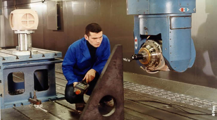 Service Contract Maintenance 2-Web-FIVES Fives Metal Cutting-Composites