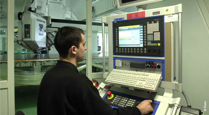 Services Training  -Web-FIVES Fives Metal Cutting-Composites