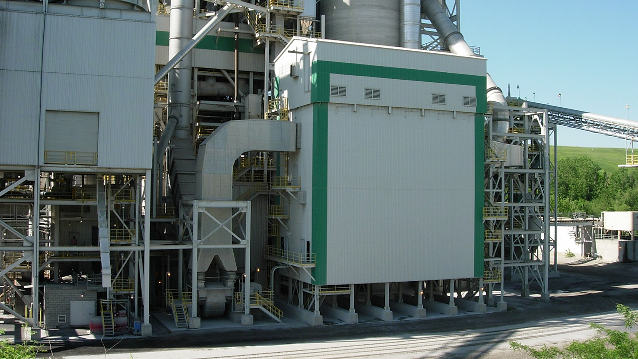 TGT-RI-scrubber Reactor-bag-filter baghouse fgd desulfurization NOx-control Chlorines Acid-gas heavy-metals particulates-removal emission flue-gas-cleaning Waste-to-energy Lime-Injection- Alumina-reage-FIVES