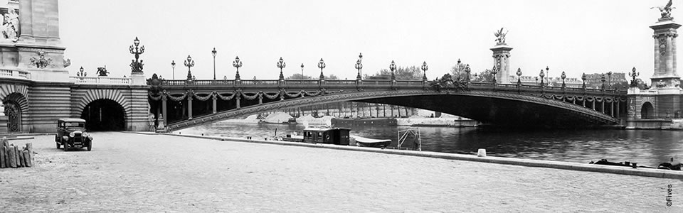 1899 - The Alexander III Bridge in Paris