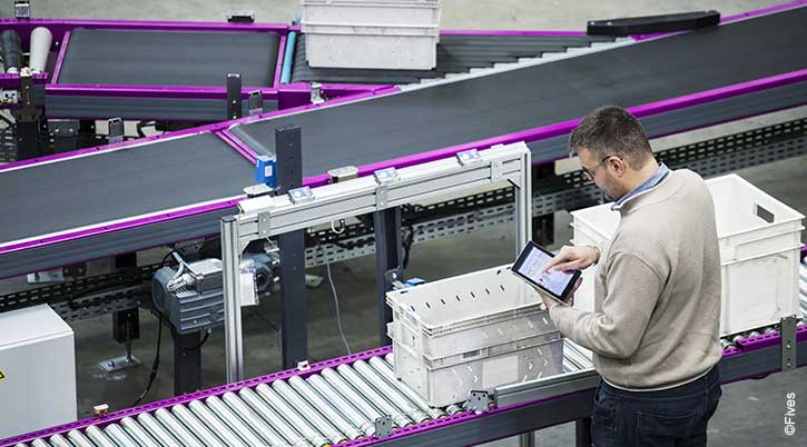 Usine digitale intralogistics 1-FIVES