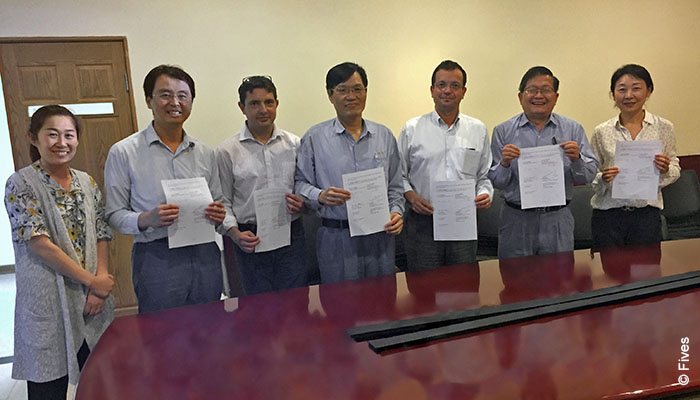 Fives and Fuxin signature on cold rolling mill contract
